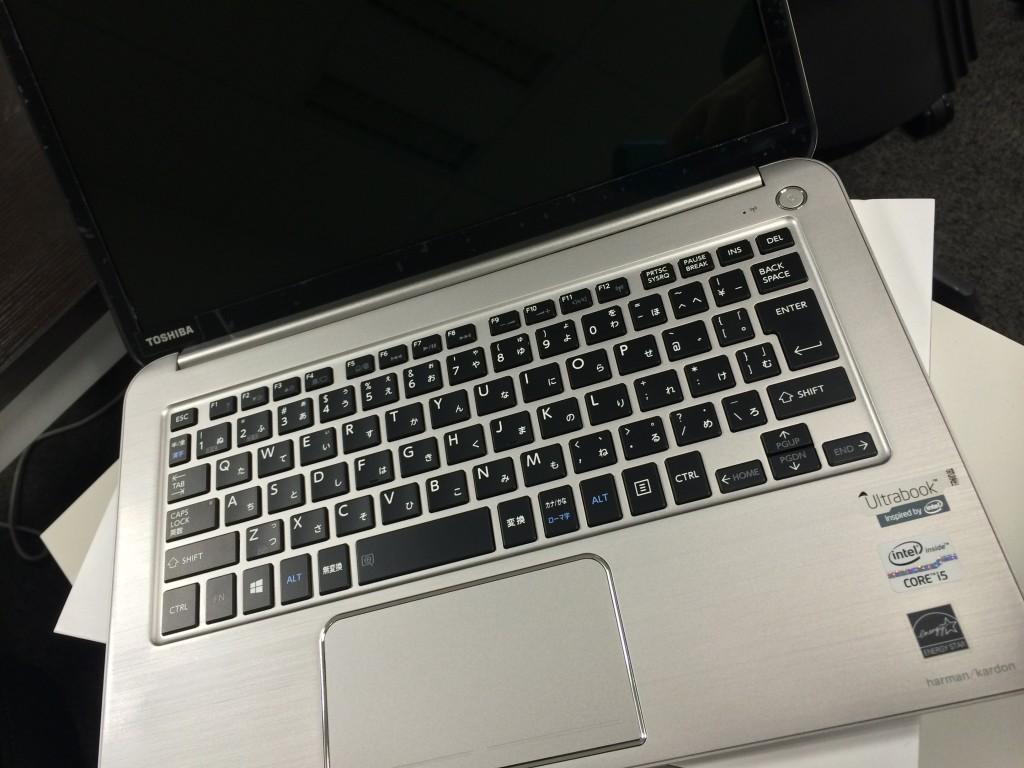 mac book airっぽい