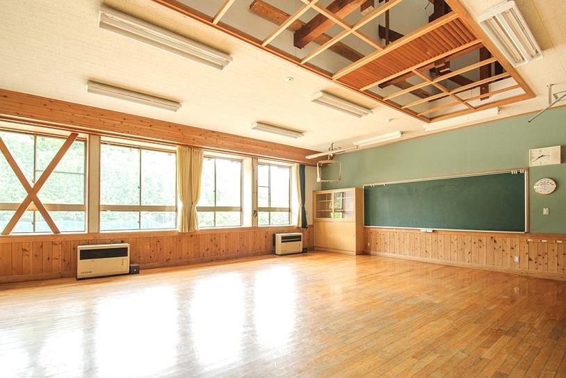 4〜6年生の教室