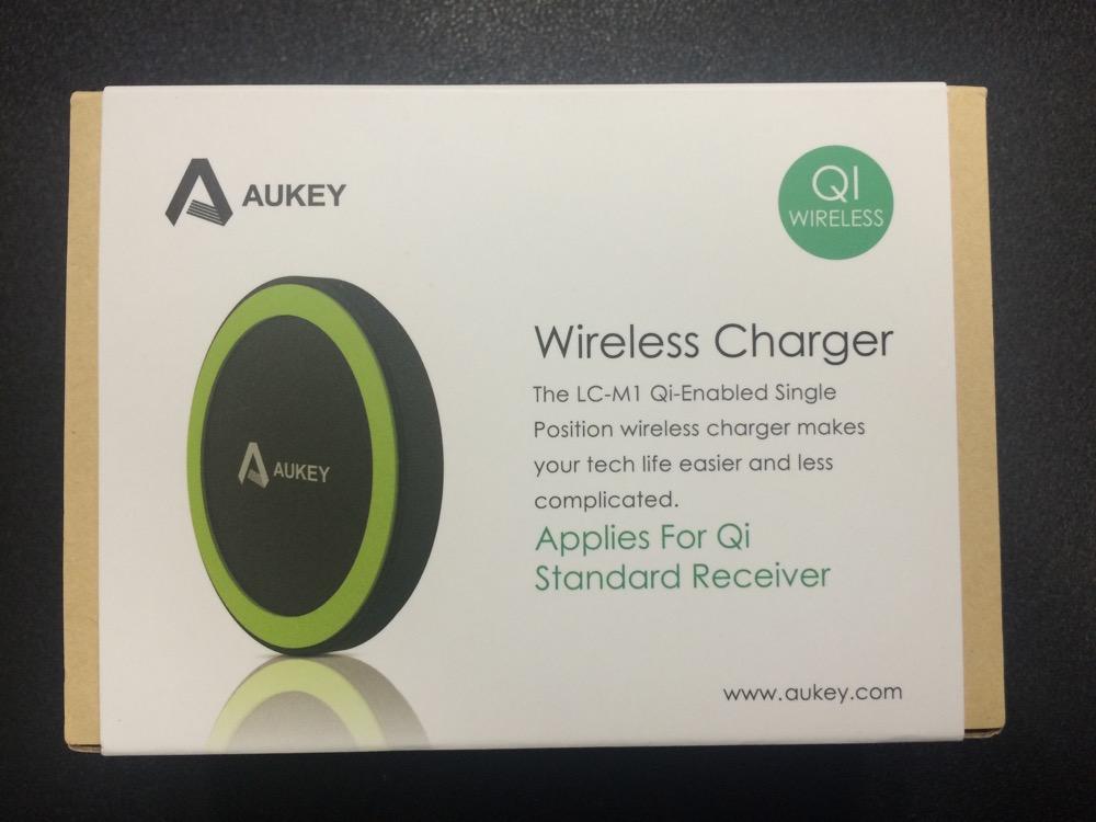 Aukey Qi充電パッド LC-M1の外箱