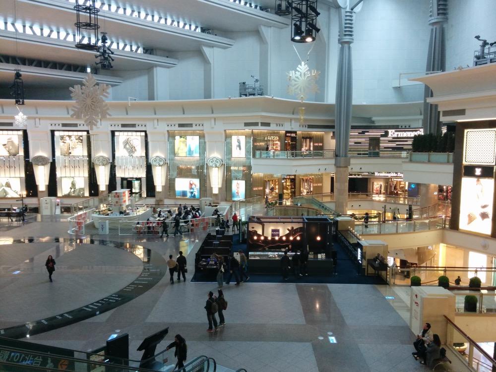 台北101内のショッピングモール