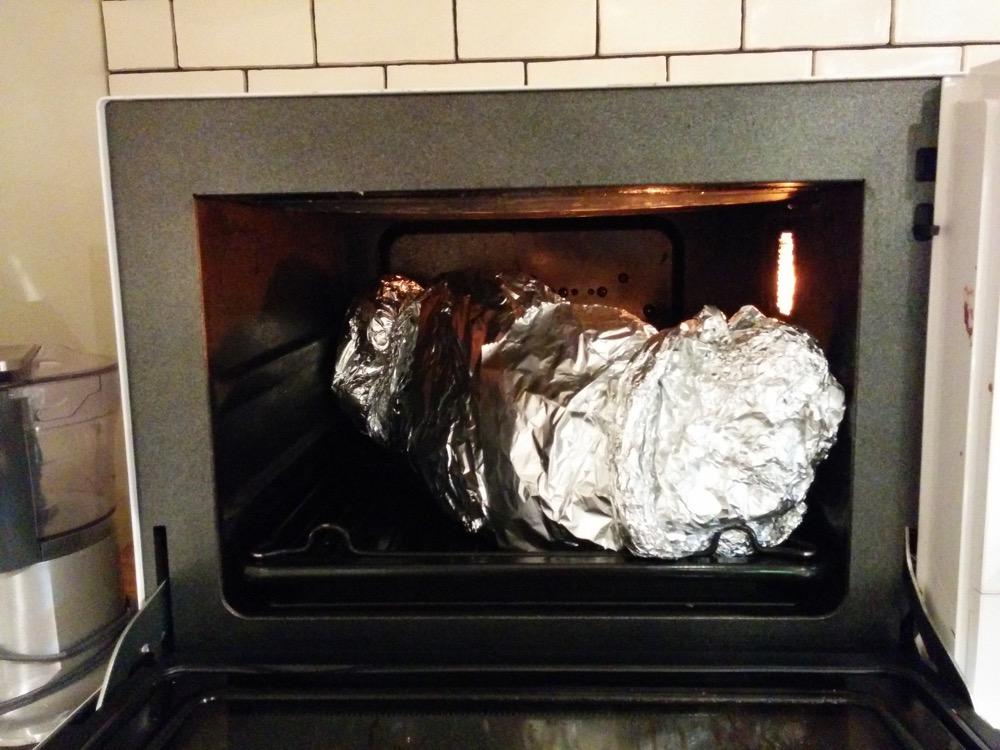 オーブンで3時間ほど調理