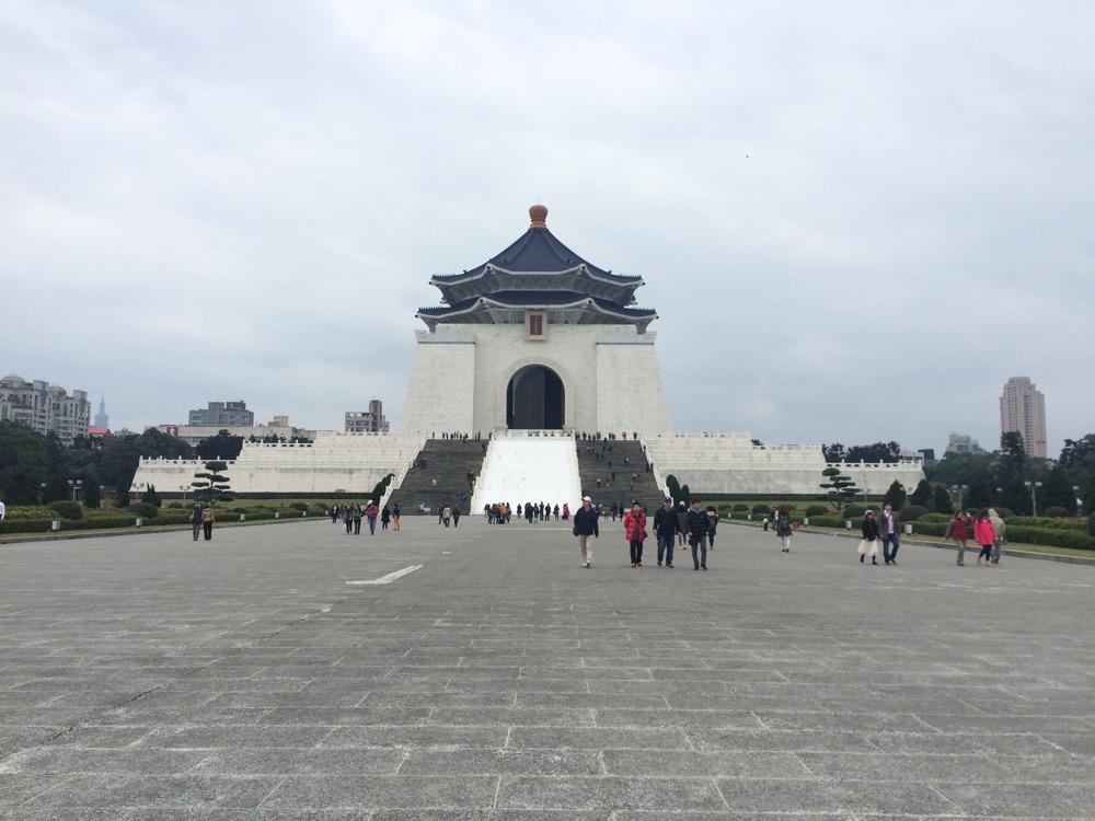 紀念堂の本堂