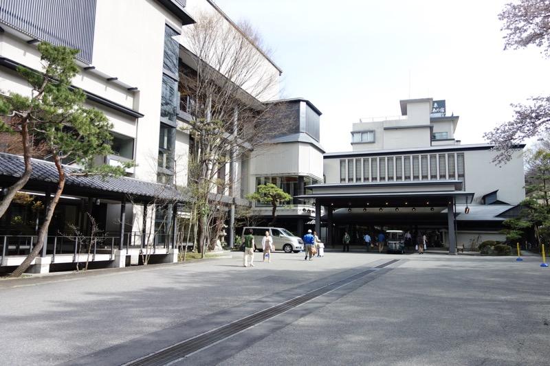 松乃井のエントランス