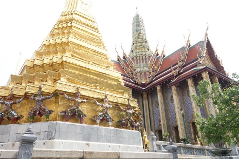 タイの王宮観光へ!ワット・プラケオ