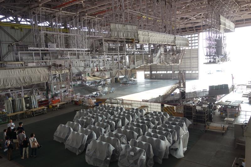 整備工場の全景