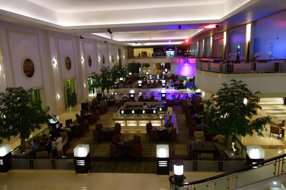 ウォーターフロントホテル内観