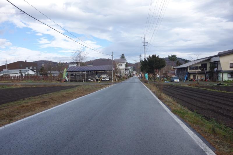 野尻湖周辺の道路