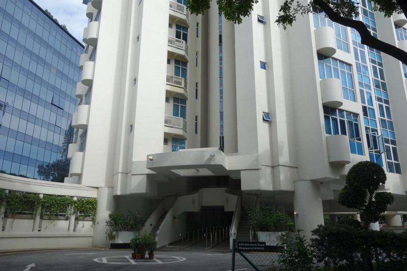 宿泊先のタワーマンション