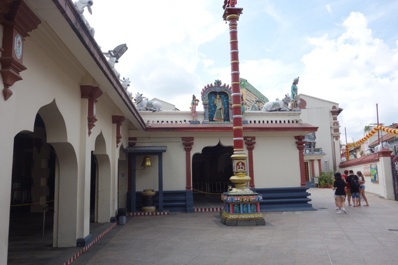 スリ・マリアマン寺院の内部