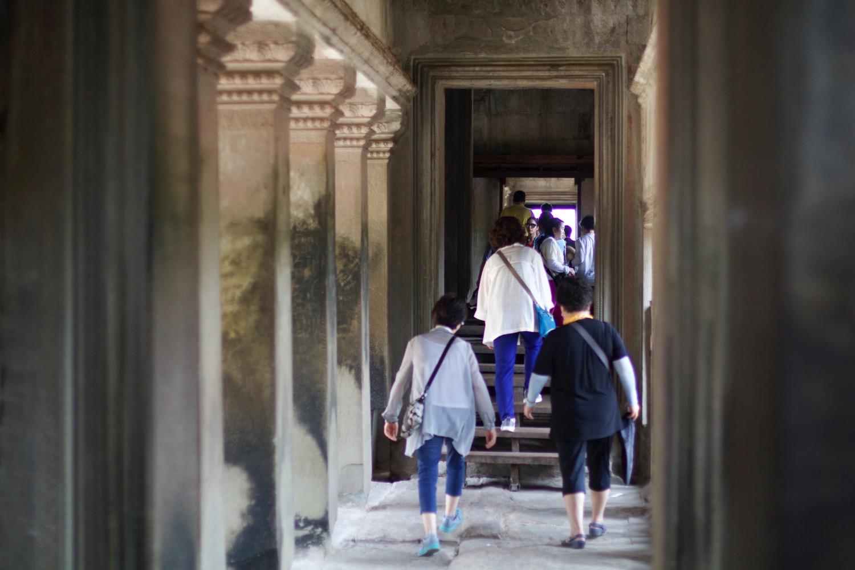 祠堂内の回廊
