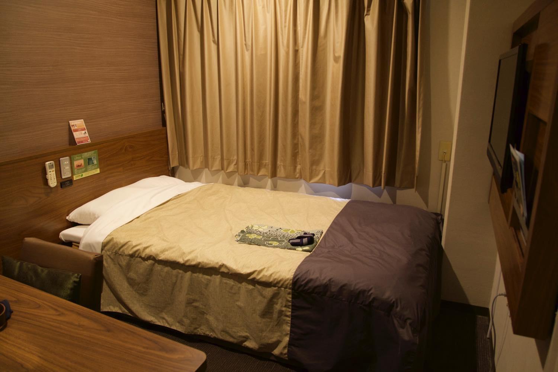 スーパーホテルLOHASの部屋