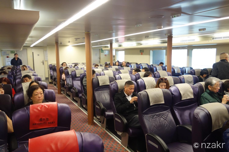 ターボジェット エコノミークラスの席