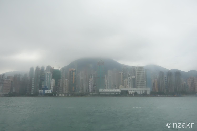 香港の高層ビル群