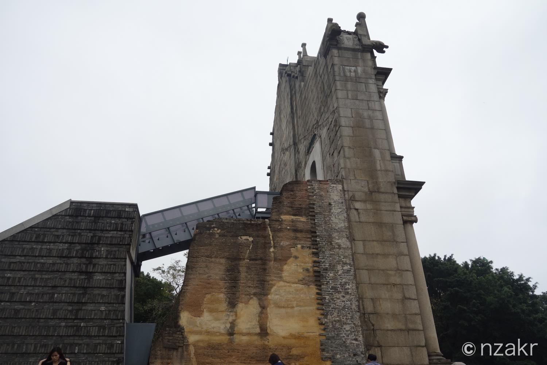 聖ポール天主堂跡を横から撮影