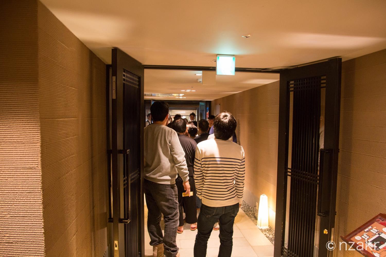 入り口の行列