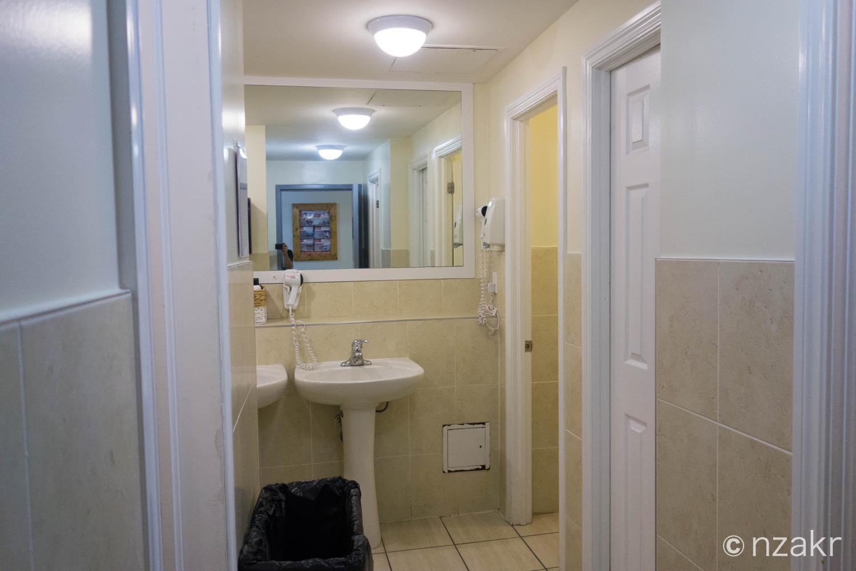 シャワーやトイレ