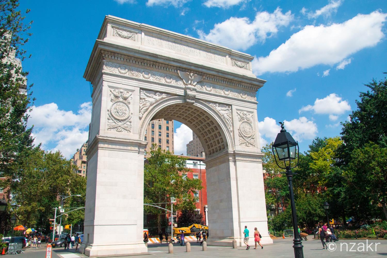 ワシントン・スクエア公園の凱旋門