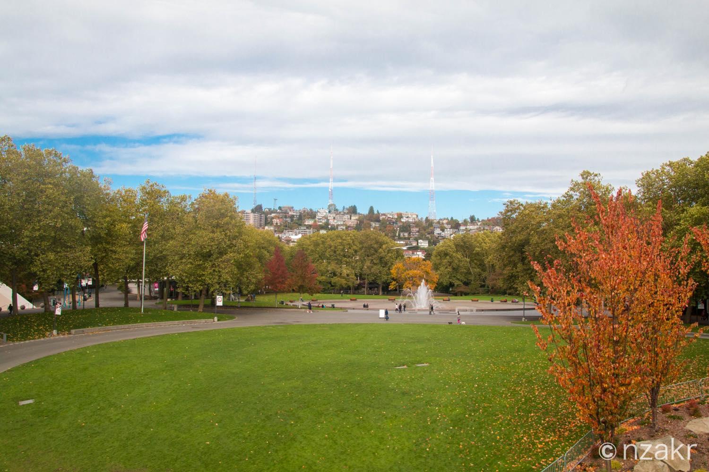 ケリーパークに向かう途中の公園
