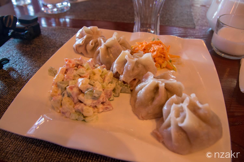 モンゴル料理『ボーズ』