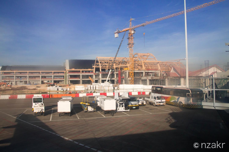 セブの空港の新しいターミナル