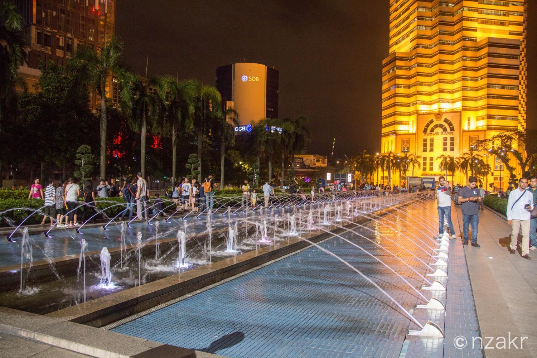 ペトロナス・ツインタワーの広場