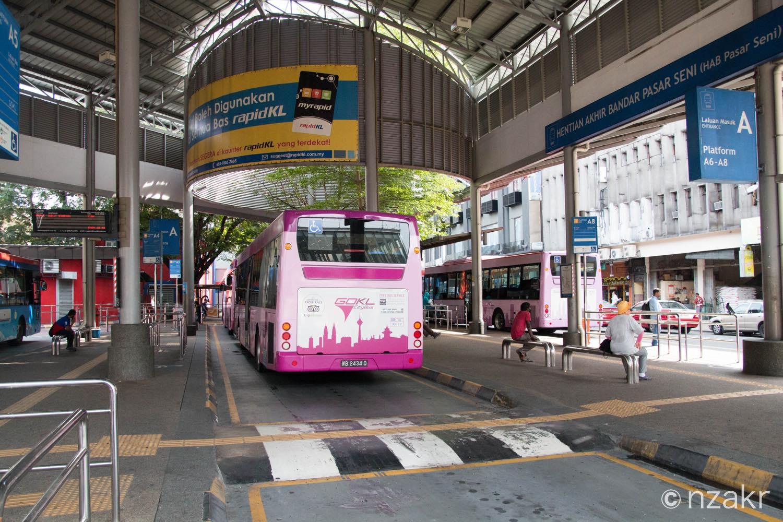 クアラルンプールのバス停