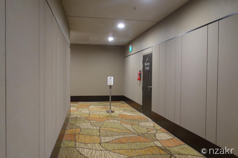 部屋への入り口