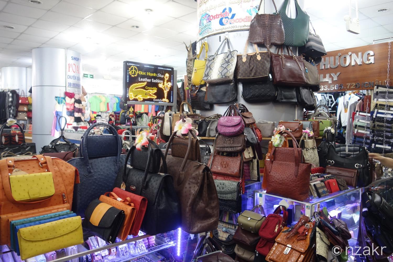 ブランド品のバッグ類
